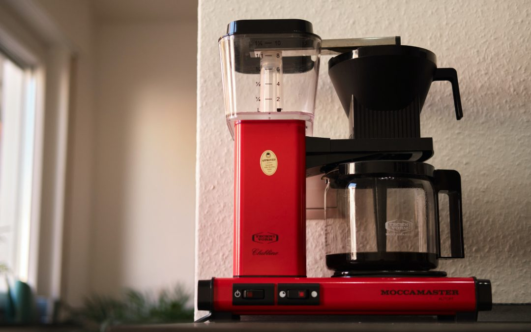 Avkalka din kaffebryggare med miljövänliga ingredienser